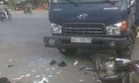 Va chạm giữa xe tải và xe gắn máy khiến ba cậu cháu tử vong
