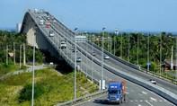 Giữ nguyên tốc độ tối đa trên cầu Long Thành
