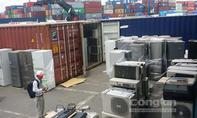 Hàng cấm nhập khẩu tiếp tục cập cảng Cát Lái