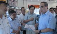 Bí thư Nguyễn Thiện Nhân làm việc tìm giải pháp giảm kẹt xe cảng Cát Lái