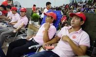 Người dân tham gia nhiệt tình hiến máu trong ngày hội 'Giọt hồng Tây Nguyên'
