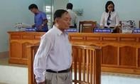 Gây thiệt hại tài sản Nhà nước, nguyên chủ tịch Hội VHNT Bình Thuận lãnh 18 tháng tù