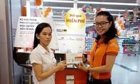 Siêu thị Co.opmart dập dìu khách hàng đến nhận quà sang miễn phí