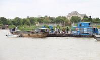 Vụ xà lan đâm chìm ghe gỗ làm 2 người chết: Tài công khai gì?