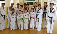 Ngày về quê hương của cậu bé Taekwondo 4 lần vô địch Hà Lan