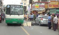 Mở cửa ô tô bất cẩn gây tai nạn, 1 cô gái chết tại chỗ