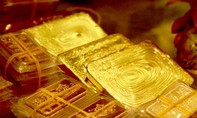 Giá vàng hôm nay 11-8: Nỗi lo từ Mỹ, vàng tăng dựng ngược