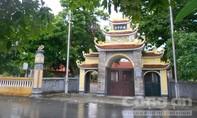 Phật tử, chính quyền bất bình vì hành động khó hiểu của sư trụ trì
