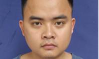 Nghệ An: Cán bộ ngân hàng lái ô tô đâm 5 người bị thương, lái xe chạy trốn