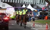 Cảnh sát Malaysia cưỡi ngựa tuần tra trước giờ khai mạc SEA Games 29