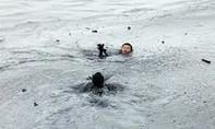 3 mẹ con chết đuối thương tâm khi tắm sông