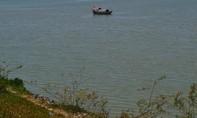 Phát hiện thi thể nam trôi dạt ven bờ sông Lam