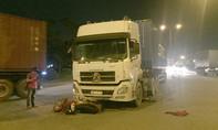 Hai vụ tai nạn trong đêm, nhiều người thương vong