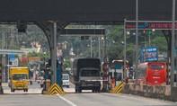 BOT tuyến tránh Biên Hòa xả trạm do tài xế đưa tiền lẻ
