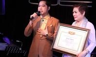 Hội Nghệ nhân và Thương hiệu khẳng định không trao bằng 'Giáo sư' cho ca sĩ Ngọc Sơn