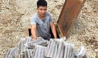 Đối tượng đào hầm cất giấu hơn 1 tạ thuốc nổ, kíp mìn