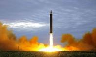 Kim Jong Un: Vụ phóng tên lửa là bước đầu để kiểm soát Guam