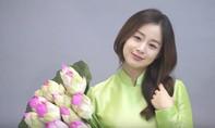 Kim Tae Hee dịu dàng diện áo dài Việt Nam khi đang mang bầu