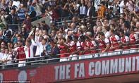 Đánh bại Chelsea trên chấm phạt đền, Arsenal vô địch Siêu cúp Anh