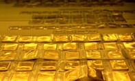 Giá vàng hôm nay 8-8: Vàng tiếp tục đà giảm mạnh