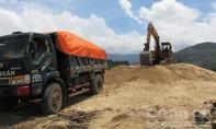 Khai thác cát trái phép bị xử phạt 45 triệu đồng
