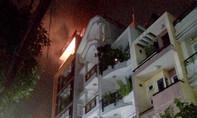Khu dân cư hoảng loạn vì nhà cao tầng phực lửa