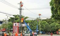 Điện lực miền Trung trực 24/24 ứng phó với bão số 10