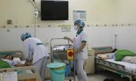 9 du khách nhập viện cấp cứu nghi ngộ độc thực phẩm sau khi ăn trưa
