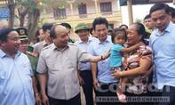 Thủ tướng Nguyễn Xuân Phúc về vùng 'tâm bão' chỉ đạo khắc phục hậu quả