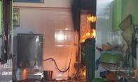 Giải cứu hàng trăm học sinh khỏi đám cháy trường mầm non