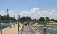 Lấn chiếm sông Bình Bá làm ao, đìa nuôi tôm: Dân bức xúc, chính quyền nói 'đúng quy hoạch'