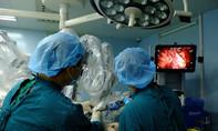 Ứng dụng robot phẫu thuật giúp bảo tồn tối đa chức năng hô hấp cho người bệnh phổi