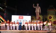 TP.HCM trao 500 triệu đồng cho tuyển bóng đá nữ Việt Nam