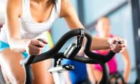 Bác sĩ cảnh báo tập luyện thể thao không đúng cách gây thoái hóa khớp sớm