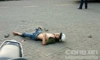 Hai công nhân bị đâm gục khi tan ca