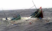 3 thuyền bị lật, đang tìm kiếm 8 người mất tích