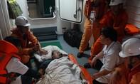 Cứu thuyền viên người nước ngoài đột quỵ trên tàu, liệt nửa người