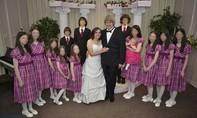 Vợ chồng Mỹ hành hạ 13 con có thể phải ngồi tù 94 năm