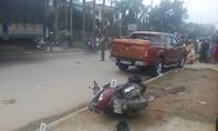 Ôtô lao thẳng vào CSGT đang xử lý tai nạn trên đường, 6 người trọng thương
