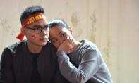 Cổ động viên nức nở sau bàn thua ở những giây cuối cùng của U23 Việt Nam