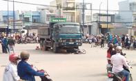 Xe ben tông chết 2 vợ chồng ở Sài Gòn