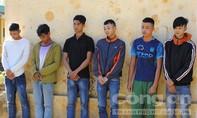 Bắt khẩn cấp nhóm thanh niên tấn công công an xã