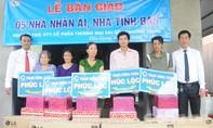 Công ty xe khách Phương Trang bàn giao 5 căn nhà đại đoàn kết