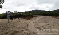Mỏ cát lậu vùng giáp ranh bị xử phạt 40 triệu đồng