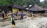 Sập phòng học ở Indonesia, 11 học sinh thiệt mạng