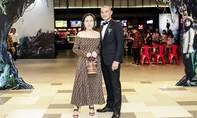 Quách Ngọc Ngoan và vợ doanh nhân tình cảm ở sự kiện
