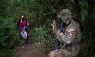 Trump doạ gửi quân đội đến trấn áp người di cư từ Mexico