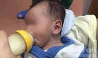 Cháu bé 2 tháng tuổi bị bỏ rơi ven đường trong đêm