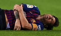 Messi bị gãy tay trong trận Barca thắng Sevilla 4-2