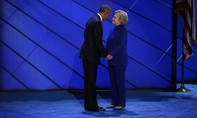 Phát hiện vật liệu nổ gửi đến nhà Obama và bà Hillary